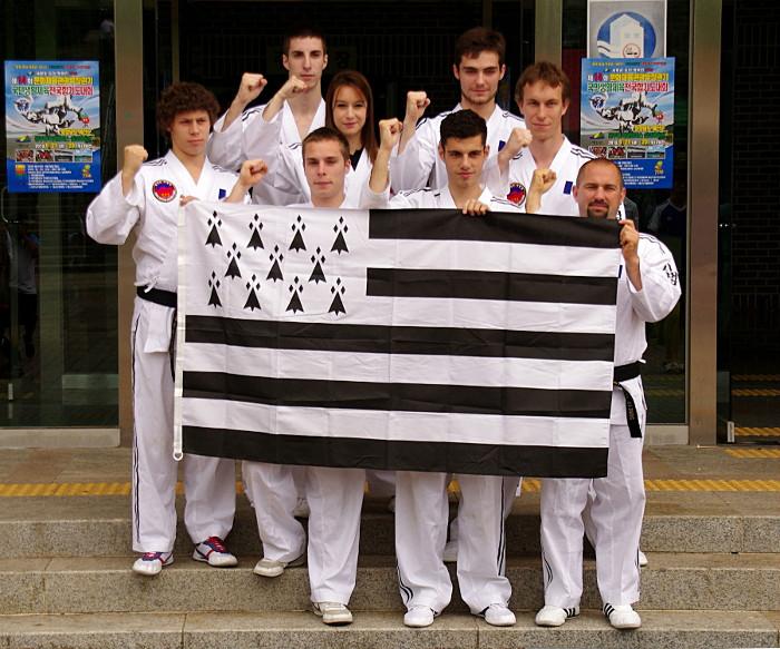 les membres de l'Association Francaise de Hapkido KumMooKwan en Corée